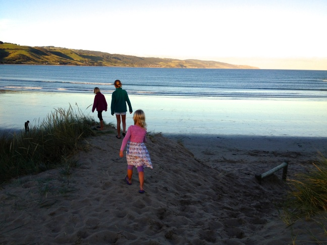 Wandering down to the beach on our first night in Apollo Bay
