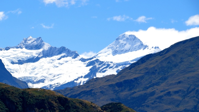 Mt. Aspiring, tallest peak in the Southern Alps at 10,000 ft.